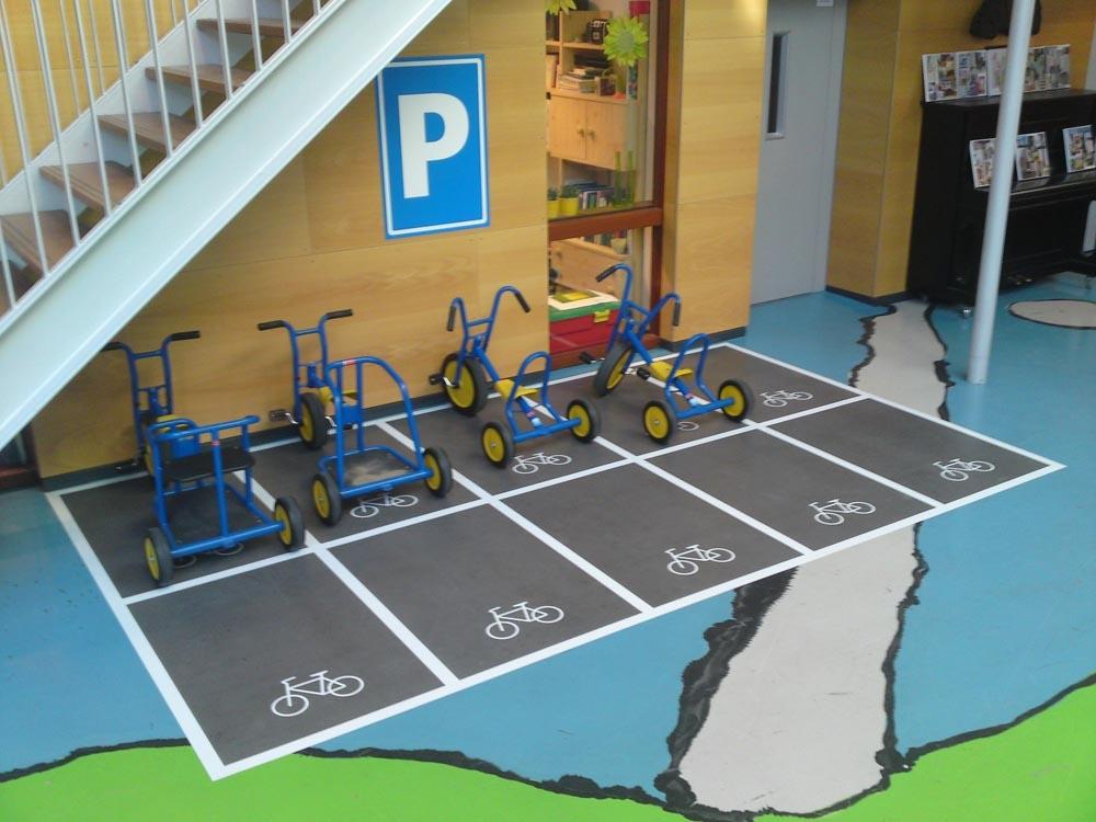 Fußbodenaufkleber Kindergarten