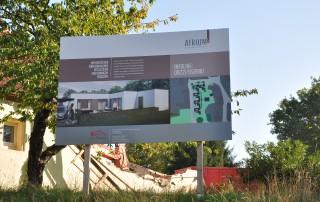 Bautafel Atrium5