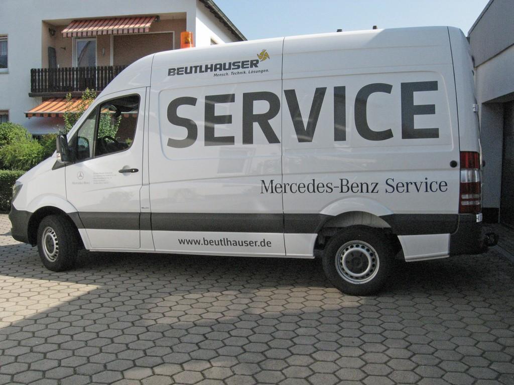Fahrzeugbeschriftung Mercedes Benz