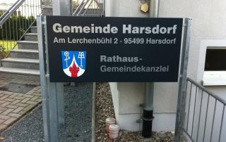 Gemeindeschild aus Aluverbund auf verzinktem Rahmen