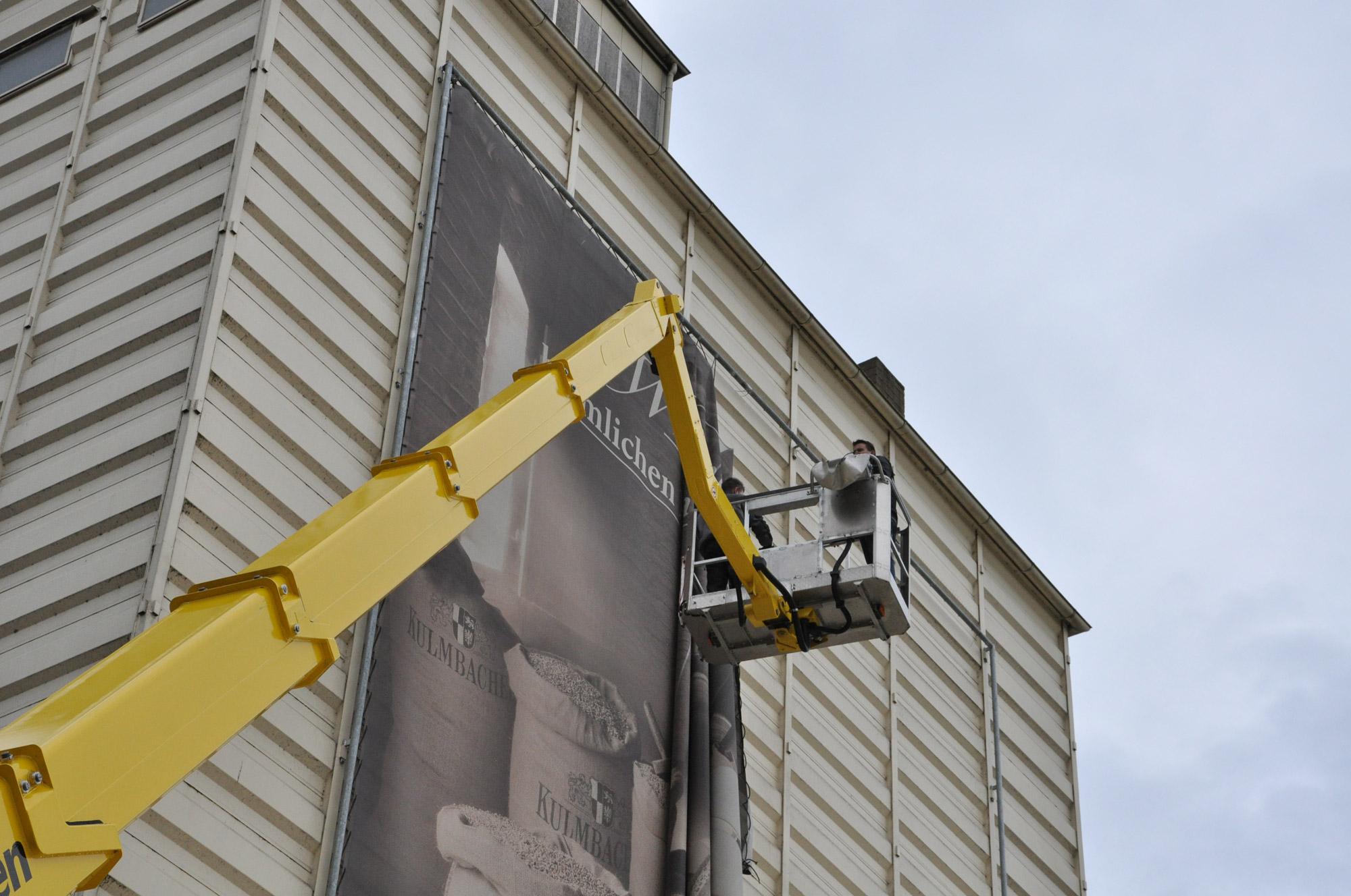 xxl mesh banner wechsel kuuk werbung werbetechnik. Black Bedroom Furniture Sets. Home Design Ideas